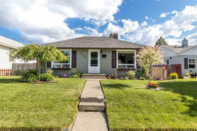 2223 W Everett Ave, Spokane, WA 99205 (#201819407) :: Prime Real Estate Group