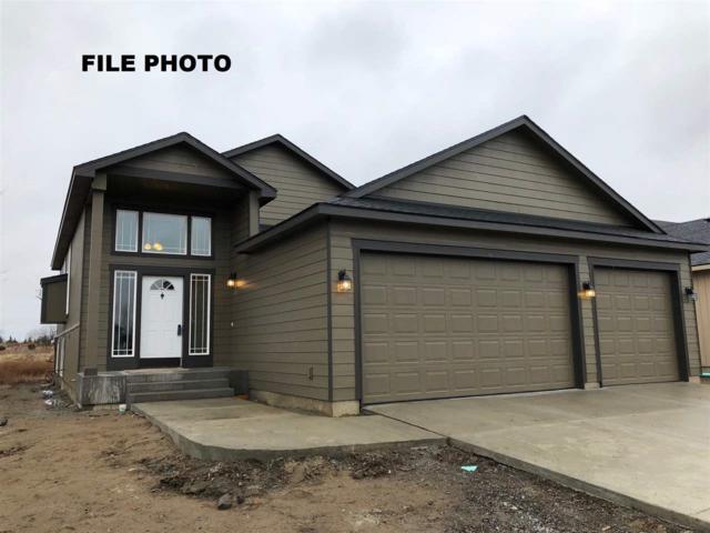 8516 N Maple Ln, Spokane, WA 99208 (#201824079) :: The Hardie Group