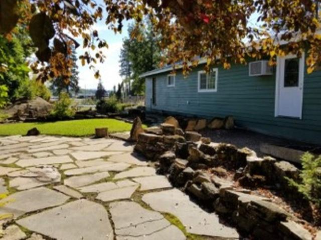 4910 W Cleveland Rd, Deer Park, WA 99006 (#201824561) :: The Synergy Group