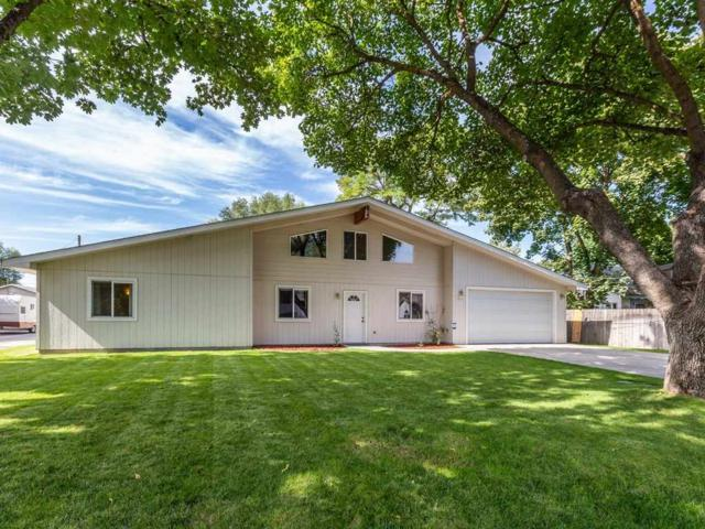 1421 N Bessie Rd, Spokane Valley, WA 99212 (#201824886) :: 4 Degrees - Masters