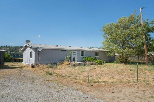 14901 N Hedin Rd, Nine Mile Falls, WA 99026 (#201825744) :: 4 Degrees - Masters