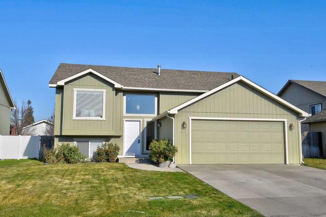 17615 E 2ND Ln, Greenacres, WA 99216 (#201827112) :: The Spokane Home Guy Group
