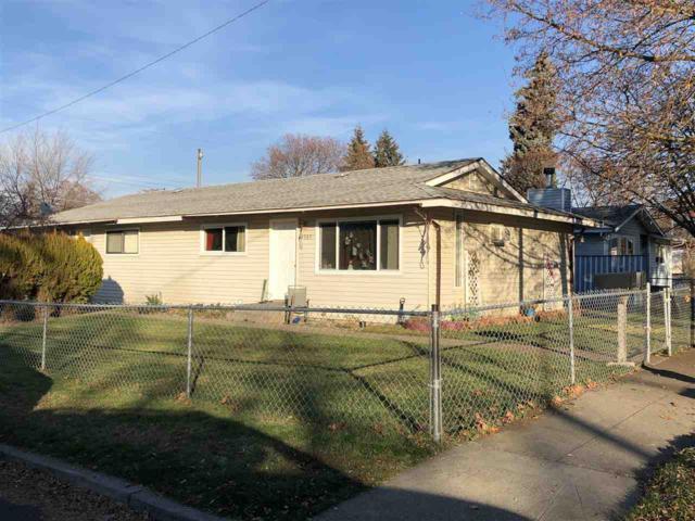 2303 E Hartson Ave, Spokane, WA 99202 (#201827202) :: The Synergy Group