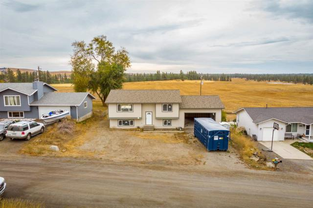 16611 W Lakeside Dr, Airway Heights, WA 99022 (#201827893) :: The Hardie Group
