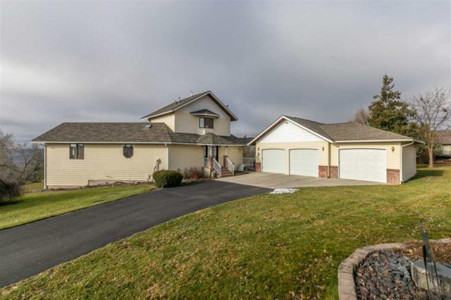4214 W Strong Rd, Spokane, WA 99218 (#201910639) :: The Synergy Group