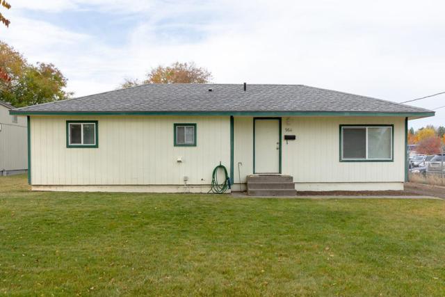 9611 N Colfax Rd, Spokane, WA 99218 (#201911344) :: The Hardie Group