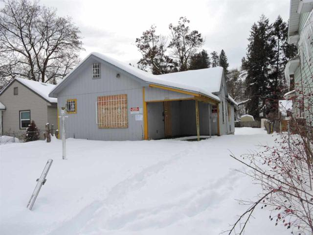2006 E Hartson Ave, Spokane, WA 99202 (#201911733) :: The Synergy Group