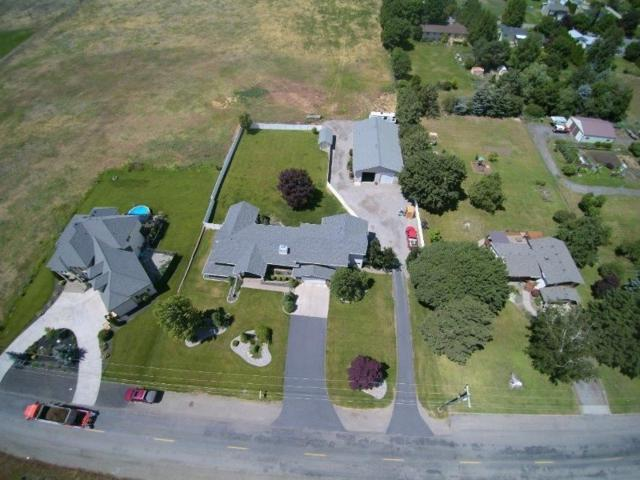 1202 S Henry Rd, Greenacres, WA 99016 (#201912198) :: The Spokane Home Guy Group