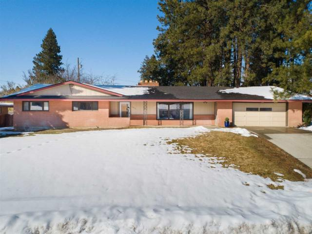 10713 E 19th Ave, Spokane Valley, WA 99206 (#201912634) :: THRIVE Properties