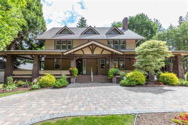 2025 S Rockwood Blvd, Spokane, WA 99203 (#201912833) :: Chapman Real Estate