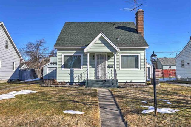 537 E Hoffman Ave, Spokane, WA 99207 (#201912870) :: Chapman Real Estate