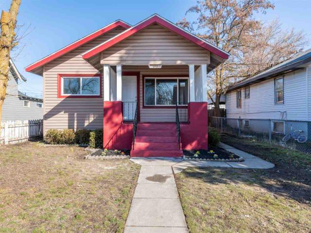 2712 W Boone Ave, Spokane, WA 99208 (#201912944) :: THRIVE Properties