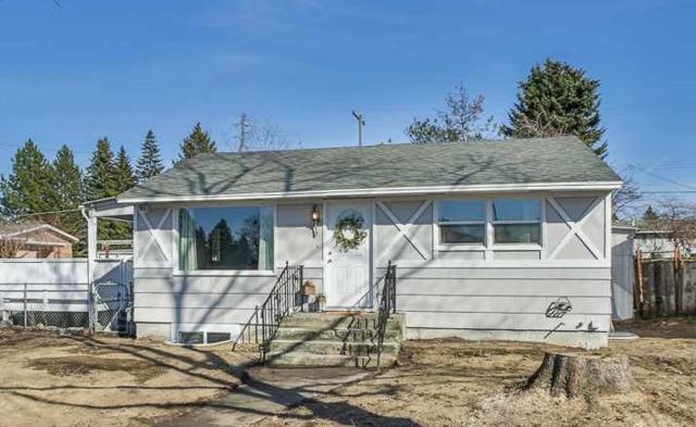 6028 N Ash St, Spokane, WA 99205 (#201912949) :: THRIVE Properties