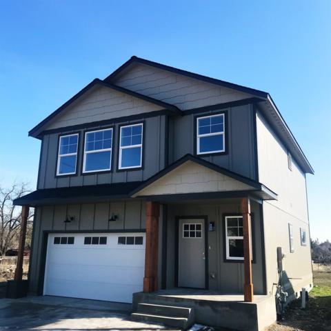 10004 E Lacrosse Ln, Spokane, WA 99206 (#201912955) :: THRIVE Properties