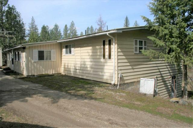 28611 N Perry Rd, Chattaroy, WA 99003 (#201913650) :: The Spokane Home Guy Group