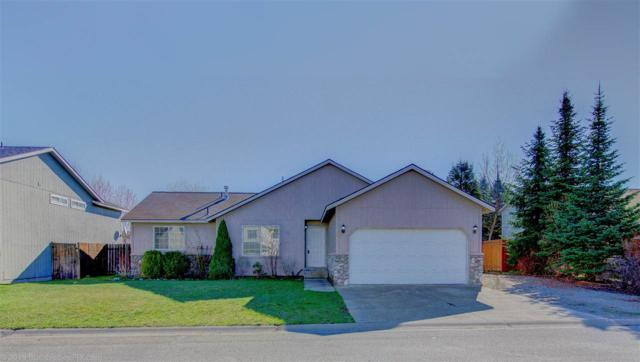 1922 N Hodges Ln, Greenacres, WA 99016 (#201914015) :: Chapman Real Estate