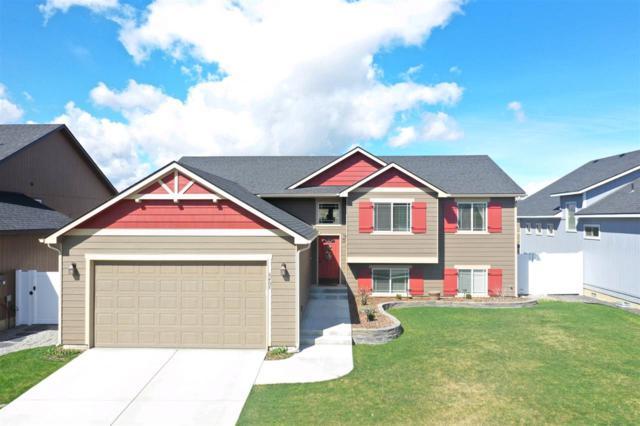8405 N Maple Ln, Spokane, WA 99208 (#201914076) :: Chapman Real Estate