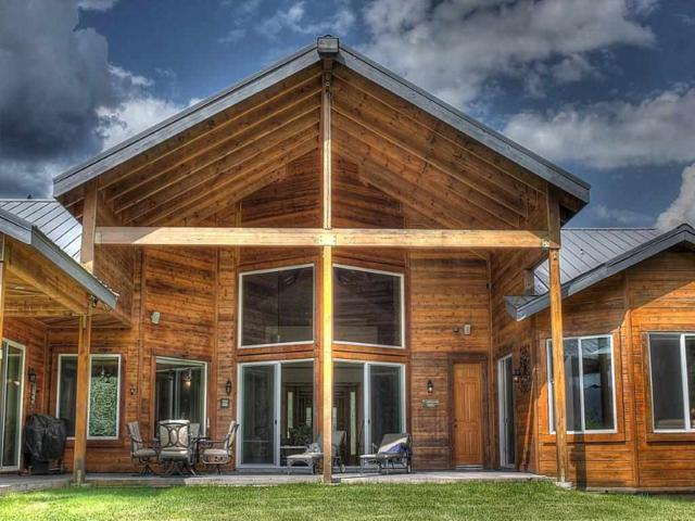 121 Waterview Dr, Cusick, WA 99119 (#201914179) :: THRIVE Properties