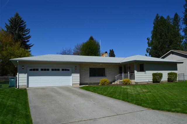 2415 N 8th St, Coeur d Alene, ID 83814 (#201915509) :: Top Spokane Real Estate