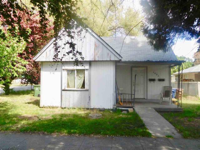 2003 E Mallon Ave, Spokane, WA 99202 (#201916508) :: The Hardie Group