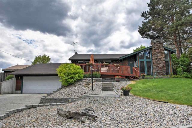9507 W Ownby Dr, Nine Mile Falls, WA 99026 (#201916646) :: 4 Degrees - Masters
