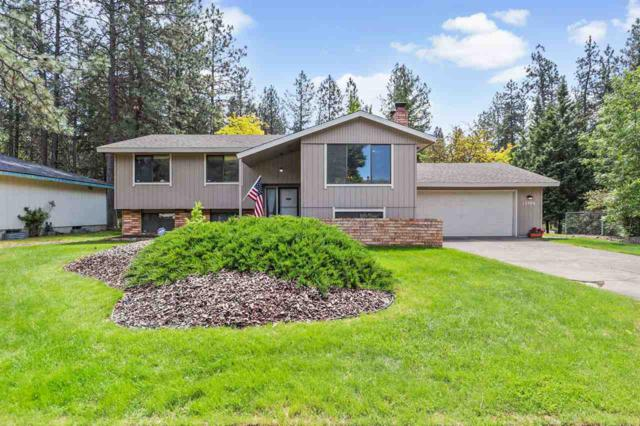 12106 N Fairwood Dr, Spokane, WA 99218 (#201916820) :: Top Spokane Real Estate