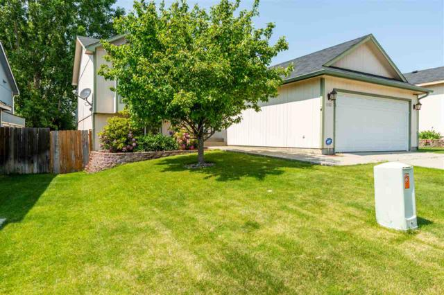 5102 W Pacific Park Dr, Spokane, WA 99208 (#201917101) :: The Spokane Home Guy Group