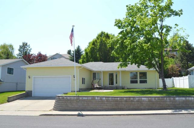 704 Montague Dr, Cheney, WA 99004 (#201917405) :: The Spokane Home Guy Group