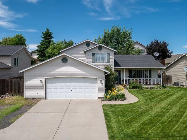 2606 Bethany Ln, Cheney, WA 99004 (#201917435) :: The Spokane Home Guy Group