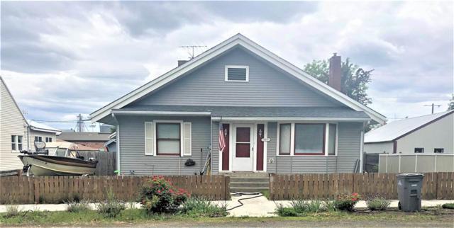 611 Main St, Davenport, WA 99122 (#201918121) :: The Spokane Home Guy Group