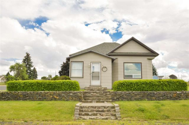 4 SW College Ave, Wilbur, WA 99185 (#201918624) :: The Spokane Home Guy Group