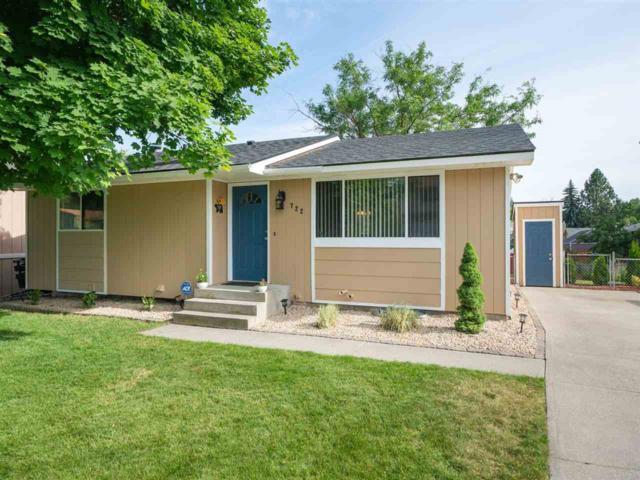 722 E St. Thomas Moore Way, Spokane, WA 99208 (#201919832) :: The Synergy Group