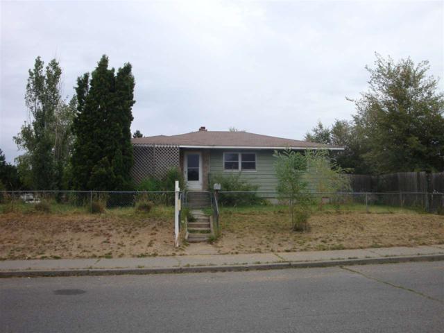 5116 N Helena St, Spokane, WA 99207 (#201920030) :: Top Spokane Real Estate