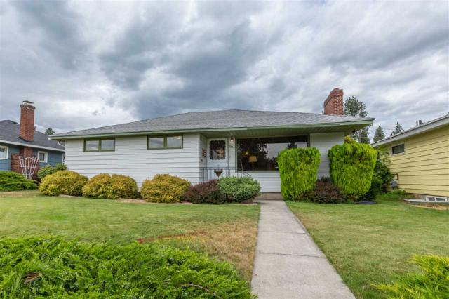 2512 W Gordon Ave, Spokane, WA 99205 (#201920226) :: Chapman Real Estate