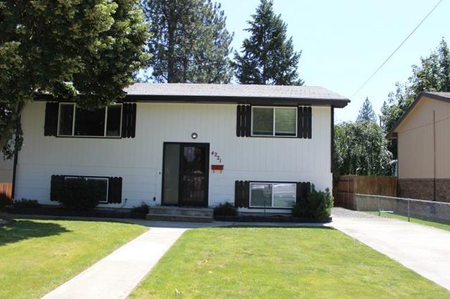 4221 W Everett Ave, Spokane, WA 99205 (#201920286) :: The Spokane Home Guy Group