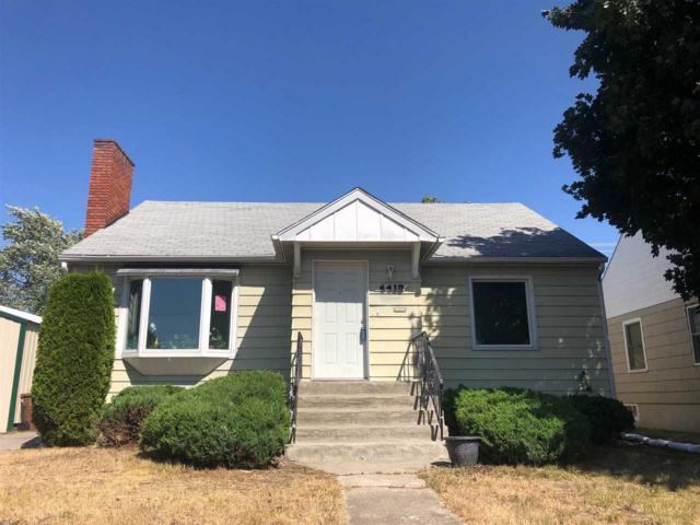4418 N Lincoln St, Spokane, WA 99205 (#201920426) :: The Hardie Group