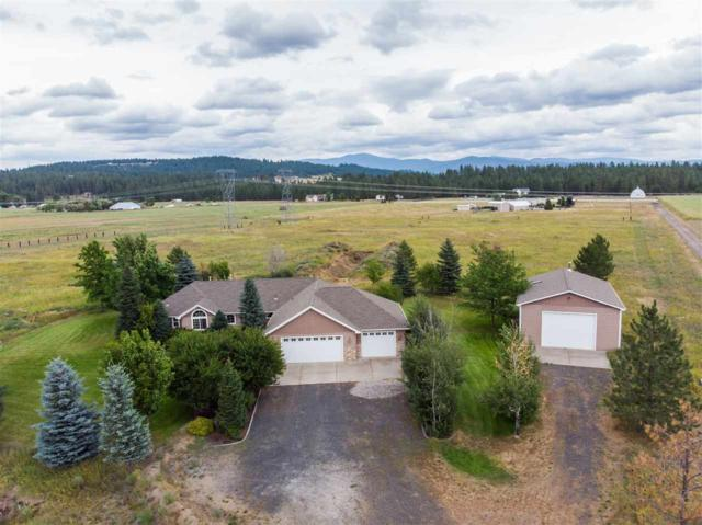 4911 E Peaceful Ln, Colbert, WA 99005 (#201920713) :: Chapman Real Estate