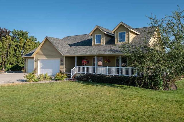 16818 E Indiana Ave, Spokane Valley, WA 99016 (#201921150) :: The Hardie Group