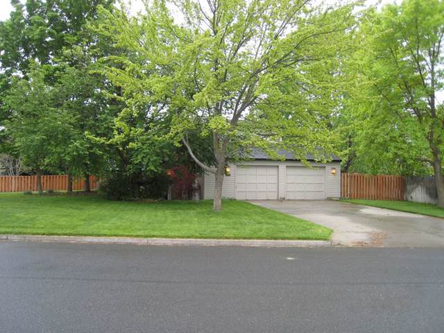 3110 E Tara Dr, Spokane, WA 99223 (#201923490) :: THRIVE Properties