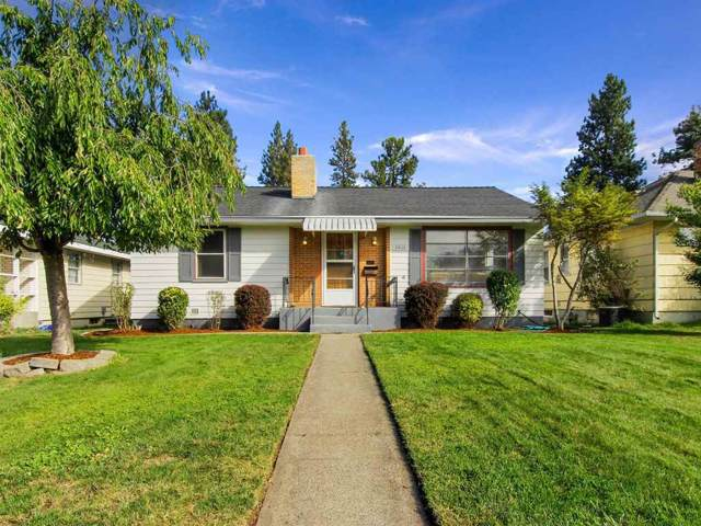 2408 W Gordon Ave, Spokane, WA 99205 (#201923557) :: 4 Degrees - Masters