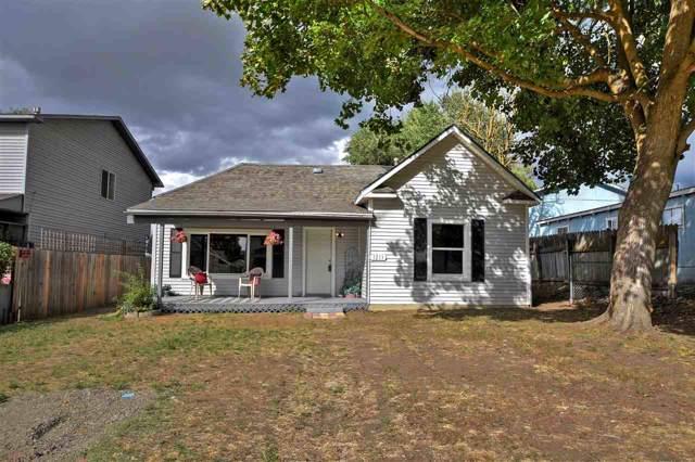 1711 E Desmet Ave, Spokane, WA 99202 (#201923866) :: THRIVE Properties