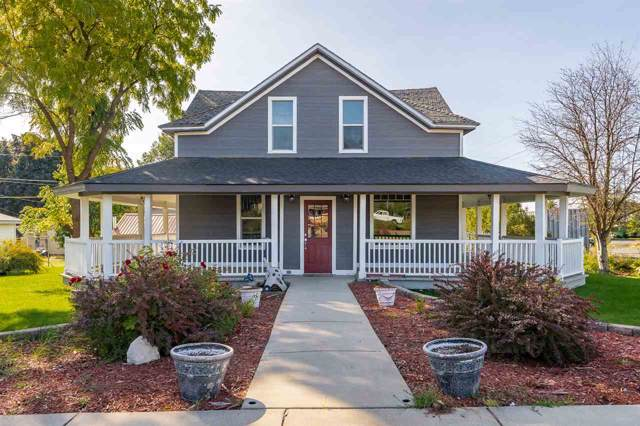 919 Washington St, Davenport, WA 99122 (#201924384) :: 4 Degrees - Masters