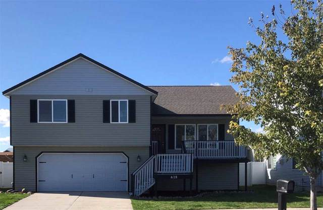 618 S Aspen St, Airway Heights, WA 99001 (#201924513) :: The Spokane Home Guy Group