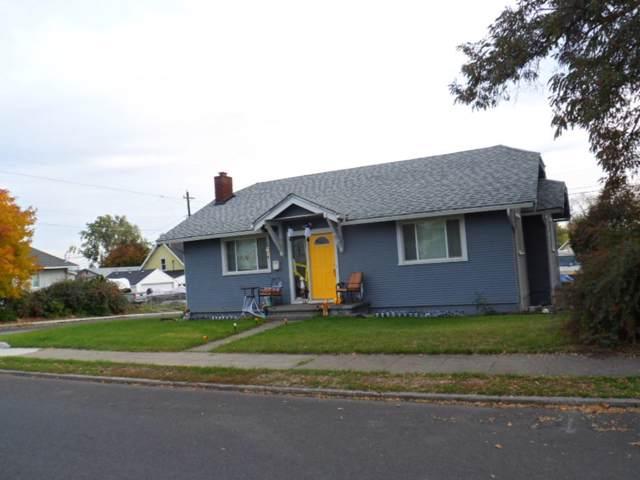 224 E Euclid Ave, Spokane, WA 99207 (#201925296) :: The Jason Walker Team