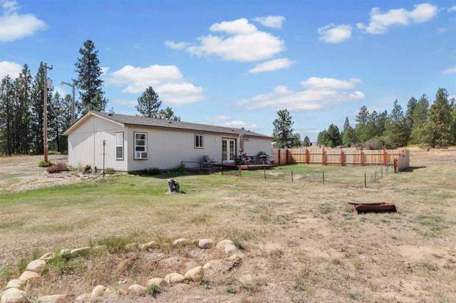 22812 W Four Mound Rd, Nine Mile Falls, WA 99026 (#201925317) :: The Hardie Group