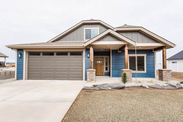 18123 E Selkirk Estates Rd, Greenacres, WA 99208 (#201925655) :: 4 Degrees - Masters