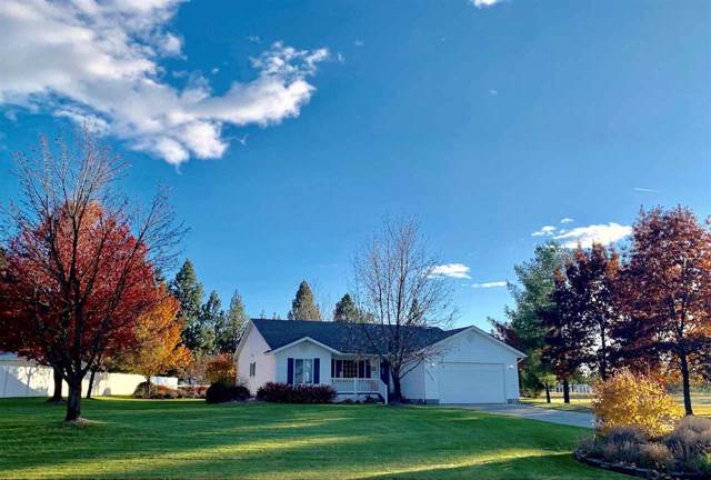 25302 E Lincoln Dr, Newman Lake, WA 99025 (#201926139) :: The Hardie Group