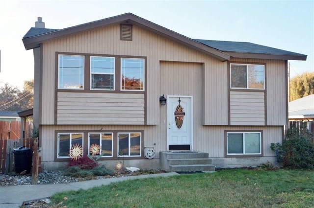 850 Juniper St, Kettle Falls, WA 99141 (#201926158) :: The Spokane Home Guy Group