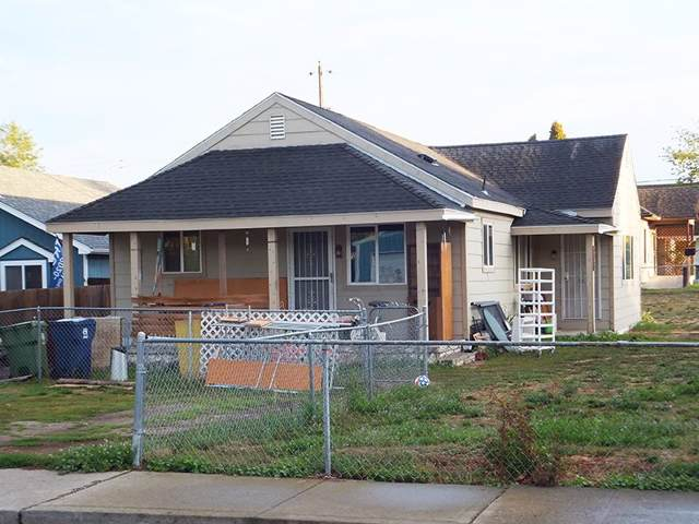 4020 N Crestline St, Spokane, WA 99207 (#201926367) :: THRIVE Properties