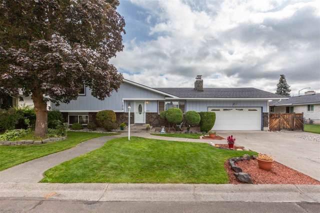 11812 N Howard Ct, Spokane, WA 99218 (#201926391) :: THRIVE Properties